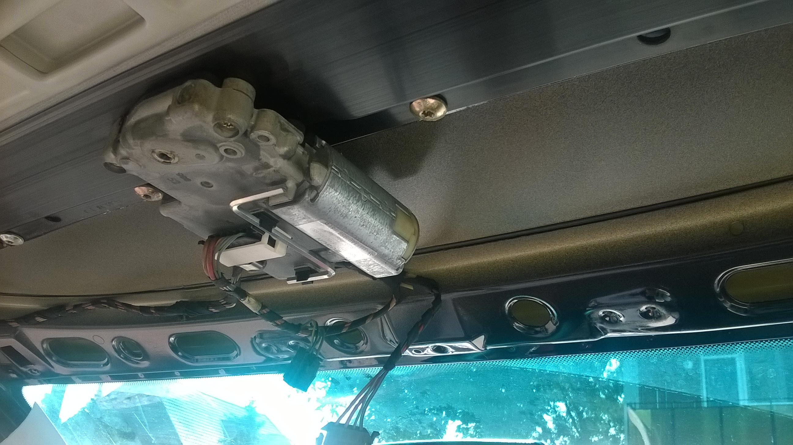 Autó tetőablak tömítés